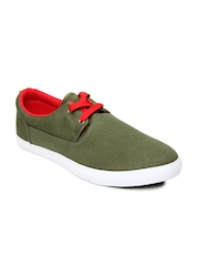 Roadster Men Olive Green Casual Shoes