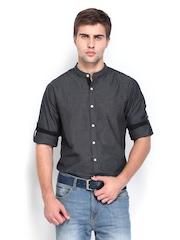 Roadster Men Charcoal Grey Slim Fit Casual Shirt