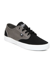Roadster Men Grey & Black Casual Shoes