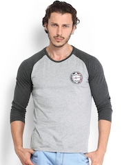 Roadster Men Grey T-shirt