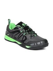 Roadster Men Grey Sports Shoes