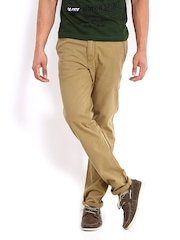 Roadster Men Khaki Torino Slim Fit Chino Trousers