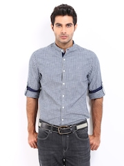 Roadster Men Navy Checked Romain Shelby Slim Fit Casual Shirt