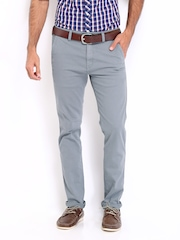 Roadster Men Light Grey Bandy Torino Slim Fit Trousers