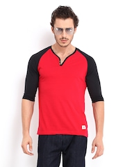 Roadster Men Red & Black Henley T-shirt