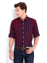 Roadster Men Red & Navy Vettel Checked Shelby Slim Fit Casual Shirt