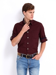 Roadster Men Maroon Vettel Shelby Slim Fit Casual Shirt