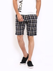 Roadster Men Brown & Navy Checked Shorts