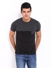 Roadster Men Grey Melange & Black T-shirt