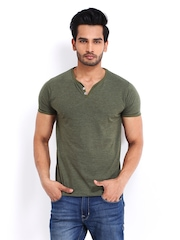 Roadster Men Green Henley T-shirt