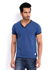 Roadster Men Blue Melange Henley T-shirt