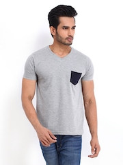 Roadster Men Grey Melange T-shirt
