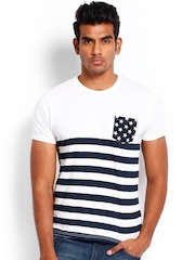 Roadster Men White & Navy Striped T-shirt