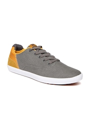 Roadster Men Grey Casual Shoes