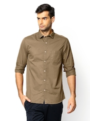 SCULLERS Men Khaki Slim Fit Casual Shirt