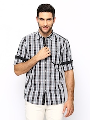 Scapes by TWILLS Men Multicoloured Checked Body Fit Casual Shirt