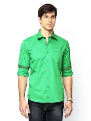 Scapes by TWILLS Men Green Casual Shirt