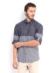 Scapes by TWILLS Men Navy & Grey Body Slim Fit Casual Shirt
