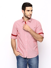 Scapes by TWILLS Men Red Pin-Striped Slim Fit Casual Shirt