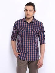Scullers Men Navy & Red Checked Slim Fit Casual Shirt