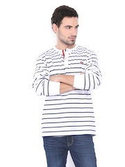 Scullers Men White & Blue Striped T-shirt