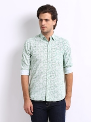 Sher Singh Men White & Green Paisley Print Shelby Slim Fit Alto Casual Shirt