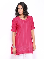 Shree Women Pink Embroidered Kurti