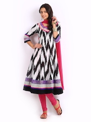 Span Women Black & Pink Churidar Kurta with Dupatta
