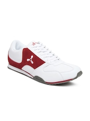 Spinn Men White Sleek Casual Shoes
