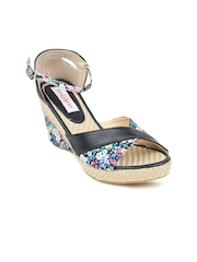 Women Black Floral Print Wedges Stylistry