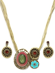 Svelte Antique Gold Toned Jewellery Set