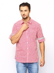 Scapes by TWILLS Men Pink & White Gingham Checked Slim Fit Casual Shirt