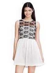 Tapyti White Fit & Flare Dress