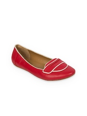 Taramay Women Red Flat Shoes
