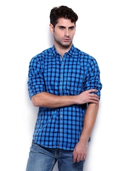 The Indian Garage Co Men Blue Checked Slim Fit Casual Shirt