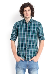 The Indian Garage Co Men Green & Blue Slim Fit Checked Casual Shirt