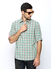 Turtle Men Multicoloured Checked Slim Fit Casual Shirt