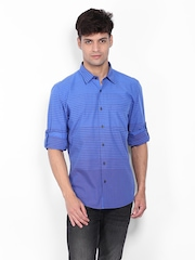 Turtle Men Blue & Red Striped Slim Fit Casual Shirt