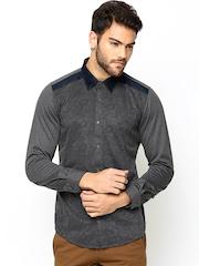 Turtle Men Grey Printed Slim Fit Linen Smart Casual Shirt