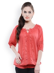 U&F Women Red Top