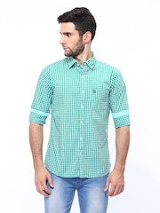 U.S. Polo Assn. Men Green & White Checked Tailored Fit Casual Shirt