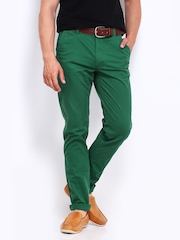 U.S. Polo Assn. Men Green Slim Fit Chino Trousers