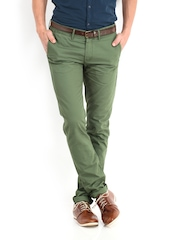 United Colors Of Benetton Men Olive Green Slim Fit Chino Trousers