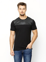 United Colors of Benetton Men Black T-shirt