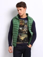 United Colors of Benetton Men Green Padded Sleeveless Jacket