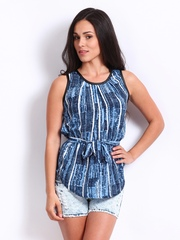 Uolo Women Blue & White Printed Top