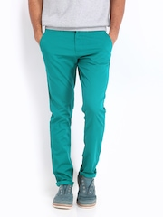 Van Heusen Sport Men Green Tapered Fit Chino Trousers