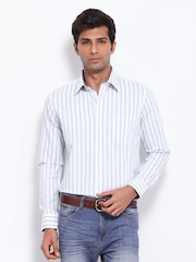 Van Heusen Sport Men White & Blue Striped Slim Fit Semi Formal Shirt