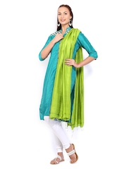W Women Green Dupatta