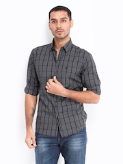 Wrangler Men Black & Grey Checked Slim Fit Smart-Casual Shirt